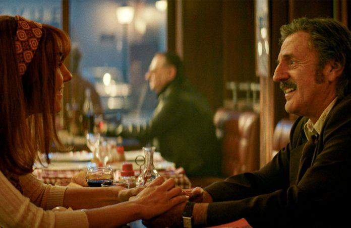 Victor und Margot begegnen sich im Restaurant | Foto: 2019 Constantin Film Verleih GmbH